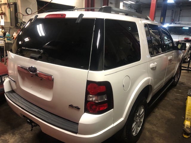 back of 2009 Ford Explorer