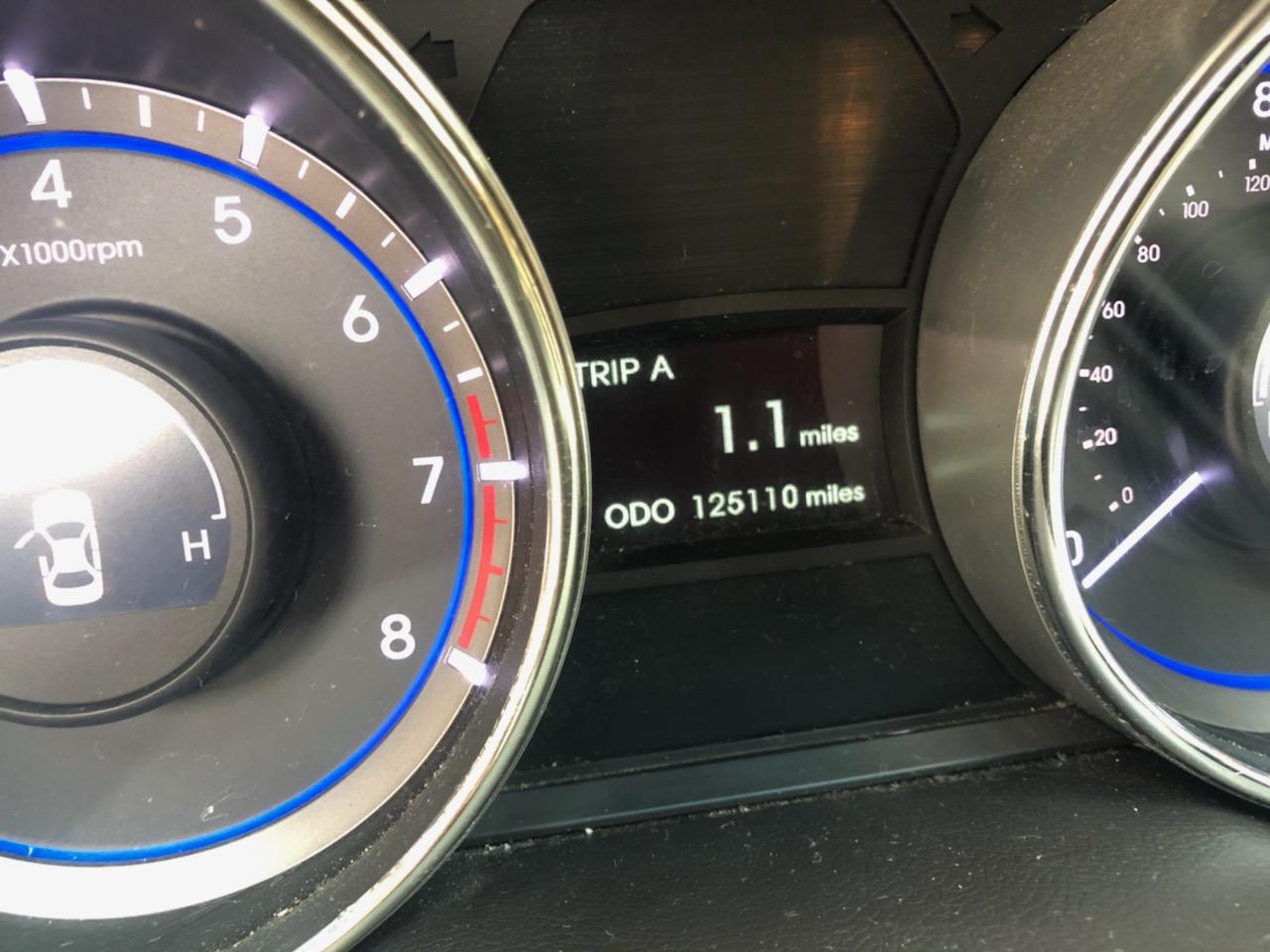 Odometer of 2011 Hyundai Sonata